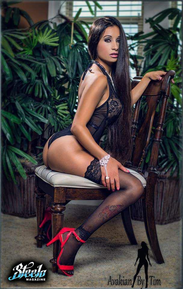 Steelo Magazine_Naomi Serrano (5)