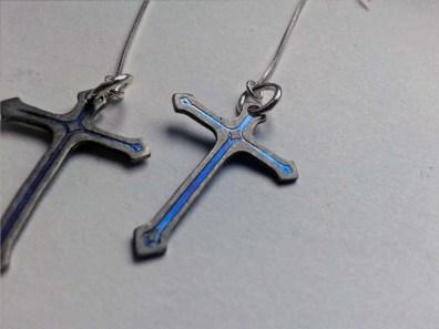 titanium cross earring 2