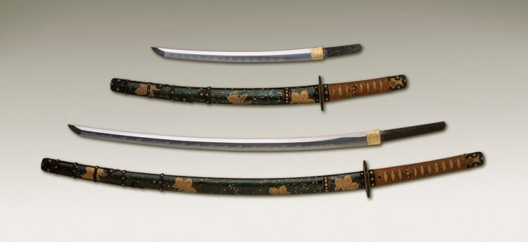 Long_Sword_and_Scabbard_LACMA_AC1999.186.1.1-.16.jpg