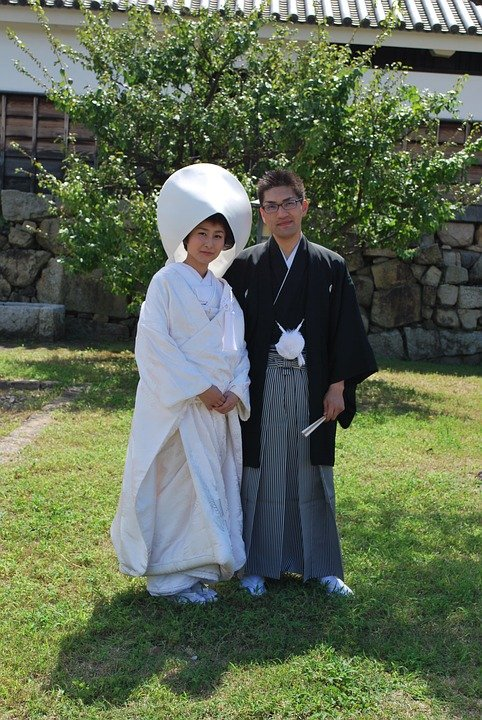 Japan-People-Couple-Traditional-Wedding-1213795.jpg