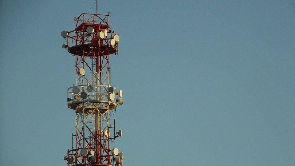 telecommunications-1693039_960_720.jpg