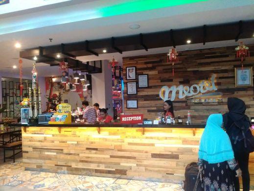 Travel Blogger Agung Priambodo di hotel Purwokerto