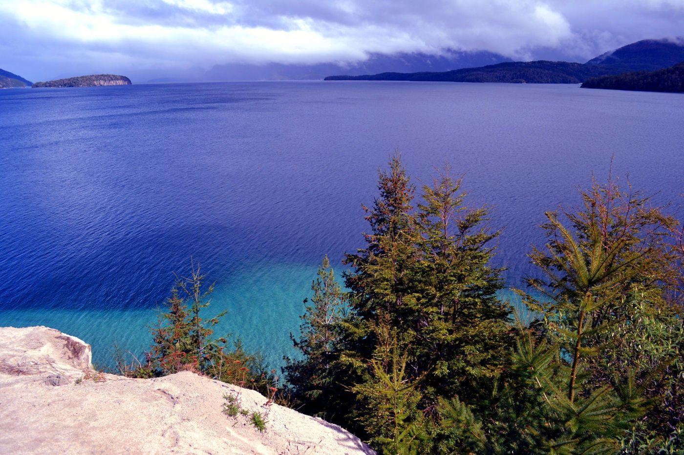 Colorchallenge - Saturday indigo - Lago Nahuel Huapi — Steemit
