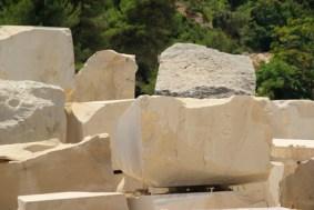 Marmor Block - marble quarry 01
