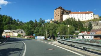 Burg, Becov nad Teplou