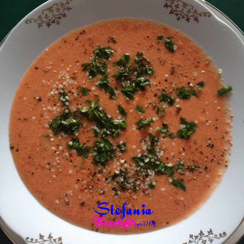 supa-din-legume-nefierte-plina-de-nutrienti-supa-raw-vegan