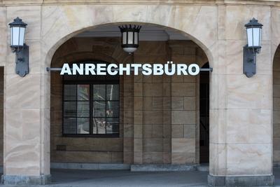Wort der Woche: gefunden am Großen Haus in Dresden.
