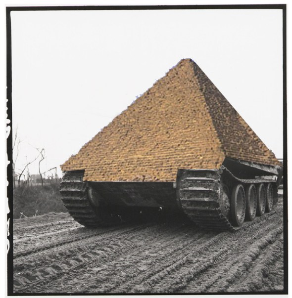 pyramid_tank (2)