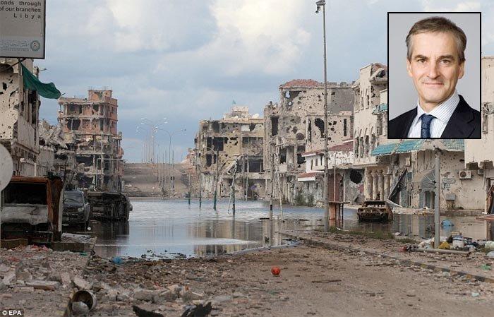Afrikansk organisasjon anmelder Sarkozy for forbrytelser mot menneskeheten