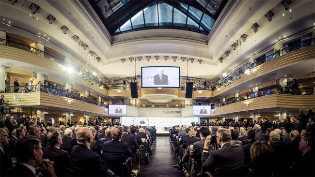 München: – Politikere uten framtid på jakt etter den neste krigen