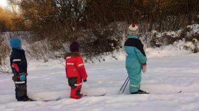 Endelig kan skiene bli med til barnehagen