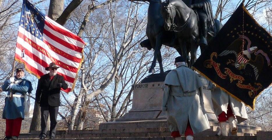 Lee-Jackson equestrian statue