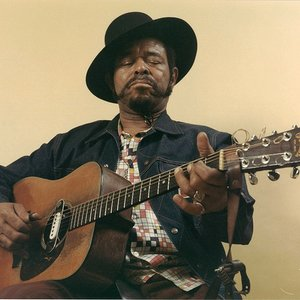 Brownie McGhee (Credit: Last F.M.)