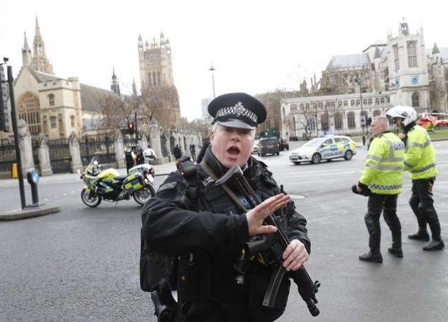 London Police (Credit: ABC News)