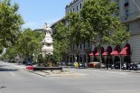 Statue in Gran Via de les Corts Catalanes
