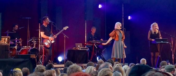 Aurora with band
