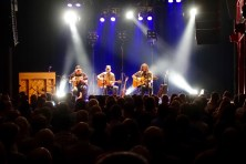 band-of-horses-surprise-acoustic-gig--byscenen_27686058440_o