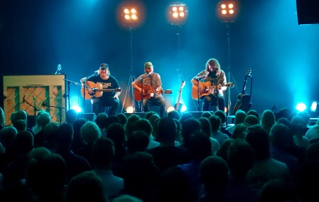 band-of-horses-surprise-acoustic-gig--byscenen_27888398921_o