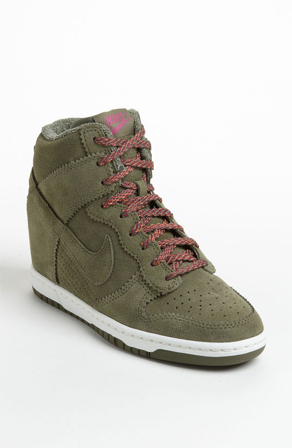 With Jeans Nike Dunk Sky