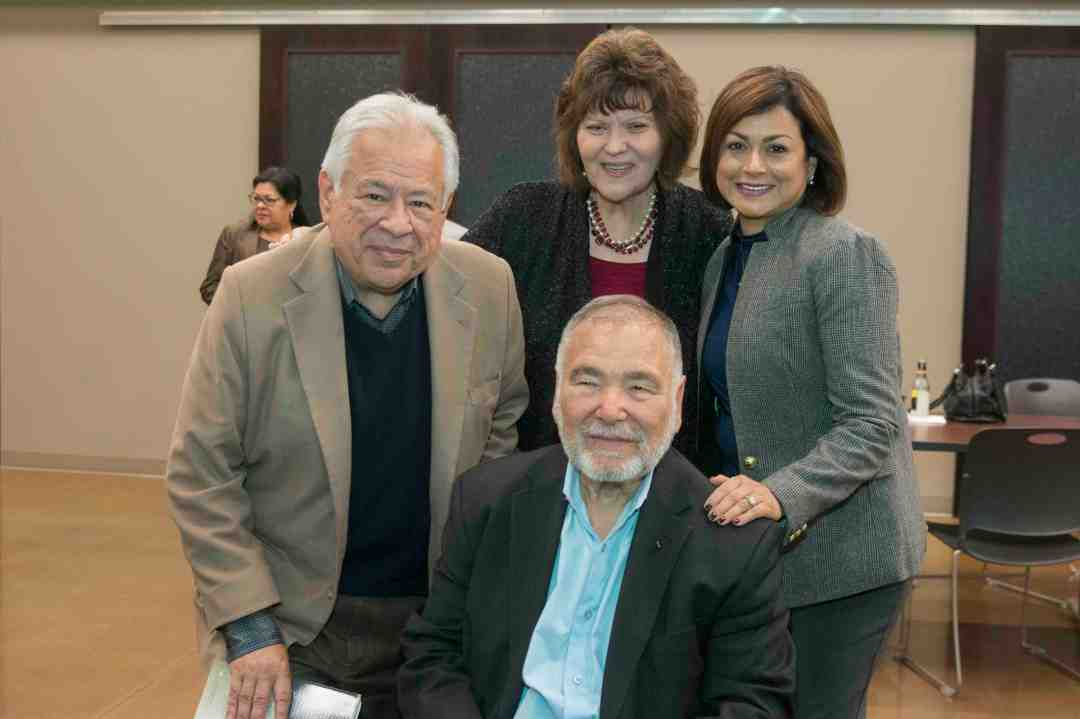 x Raul Yzaguirre Book signing Photo by Phil Soto 73