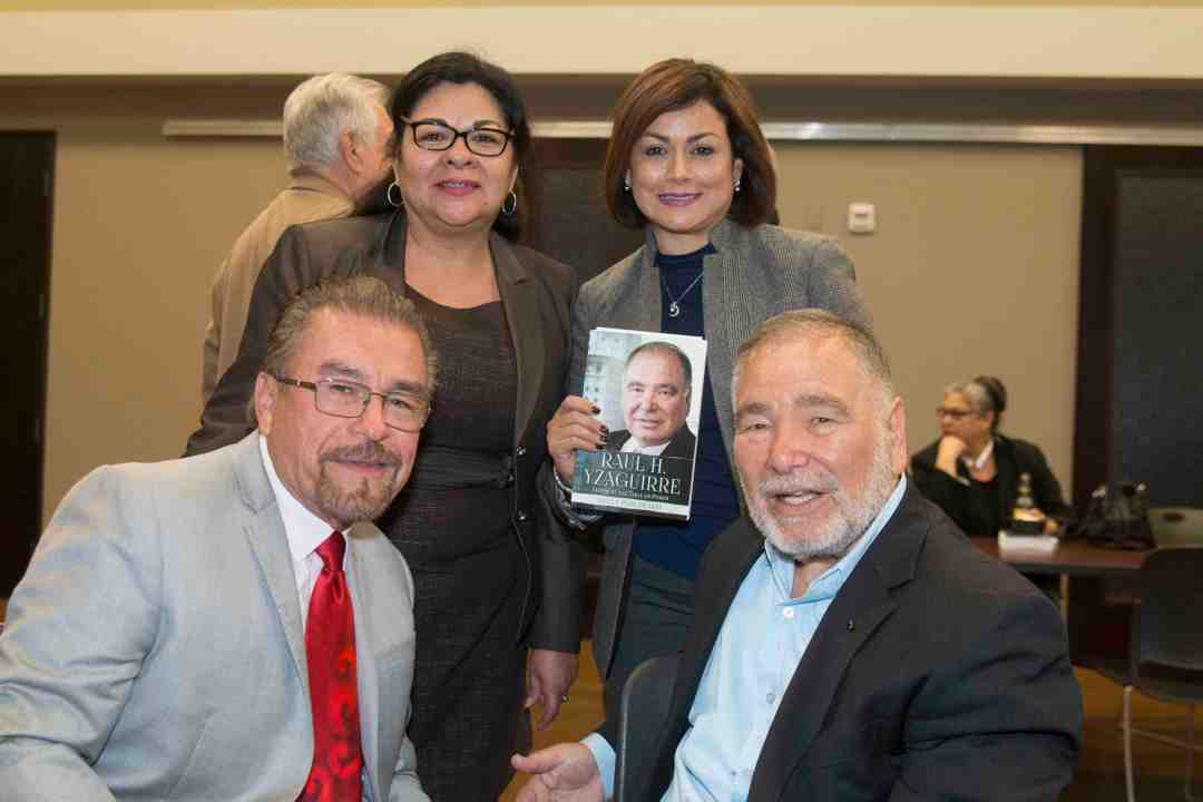 x Raul Yzaguirre Book signing Photo by Phil Soto 87