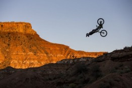 Best-RedBull-Photos-of-The-Year_24-640x426
