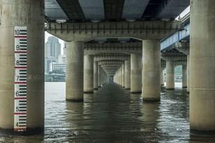 Manuel_Alvarez_Diestro_Seoul_Bridges_Its_Nice_That_4