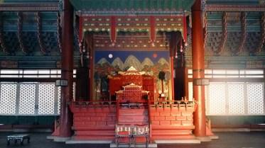 Gyeongbokgung: Geunjeongjeon throne