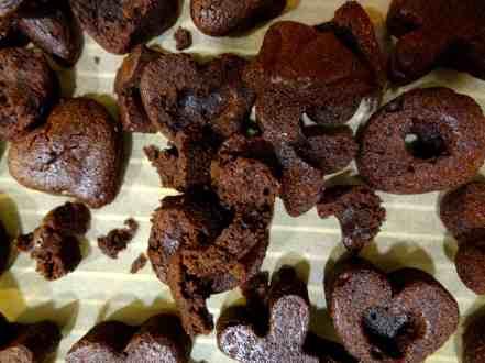 Heart XO Cakes 9