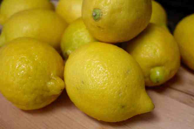 Lemon Bundt Cake - 1