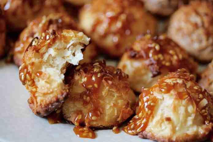 Salted Sesame Caramel Macaroons - 20