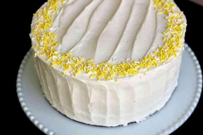 Lemon Drop Cake - 53.jpg