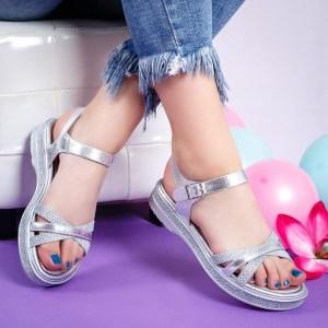 Sandale dama casual argintii din piele ecologica cu talpa joasa