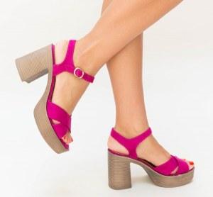 Sandale dama casual roz din piele eco intoarsa cu toc inalt gros
