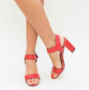 Sandale dama casual rosii cu dunga neagra si toc inalt gros