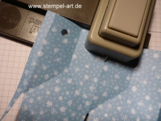 Sternbox mit dem Stampin up Stanz - und Falzbrett für Geschenktüten nach StempelART, bebilderte Anleitung, Tutorial (10)