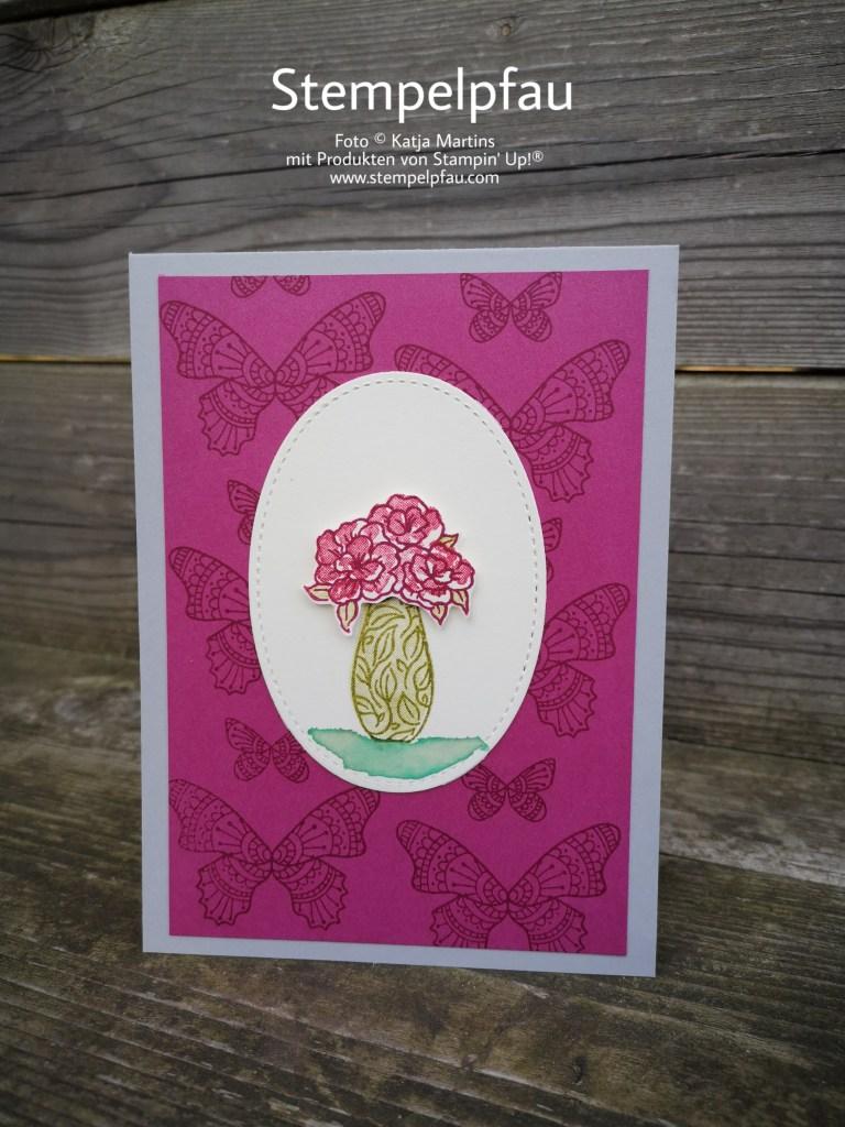 Sommerbeere, Schmetterlinge und Vasen gehören zum Frühling. Stampin' Up! macht es möglich.
