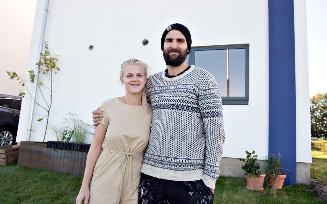 """Nybyggerne"" og TV-selskab er glade for 2E Bolig's huse"