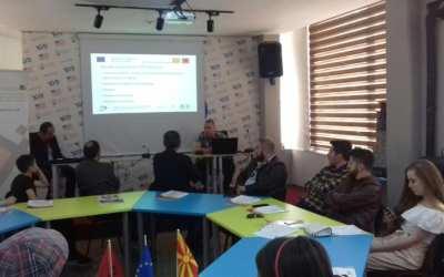 Prezantim i mbajtur për turizëmin, për sipërmarrës të mundshëm nga rajoni i Pollogut në Gostivar, Republika e Maqedonisë Veriore