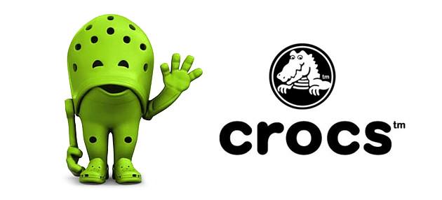 green shoe Crocs