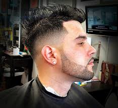 Clean Fade and beard line-up done by @signaturebarber | Beard fade, Beard  line, Haircuts for men