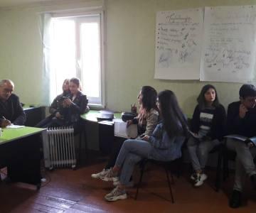 Աշխատաշուկայի ուսումնասիրության վերաբերյալ զրույց-քննարկումներ, բանավեճեր քոլեջի ուսանողության համար