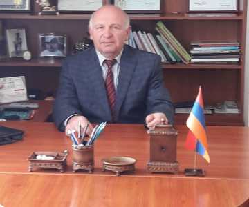 Ստեփանավանի պետական գյուղատնտեսական քոլեջի տնօրեն՝ պրն. Ս.Ռ.Հունանյանի շնորհավորական ուղերձը շրջանավարտներին