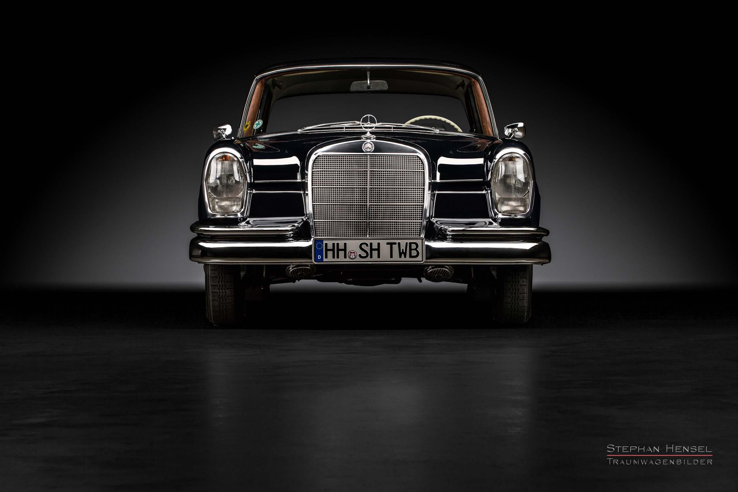 Mercedes-Benz 230 S (W111), Frontalansicht, Autofotograf: Stephan Hensel, Oldtimerfotograf, Hamburg