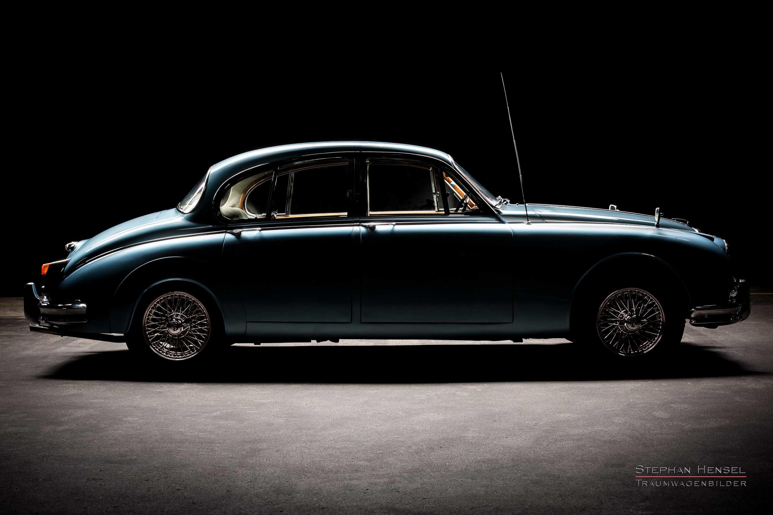 Daimler 250 V8, Seitenansicht von rechts, Autofotograf: Stephan Hensel, Oldtimerfotograf, Hamburg