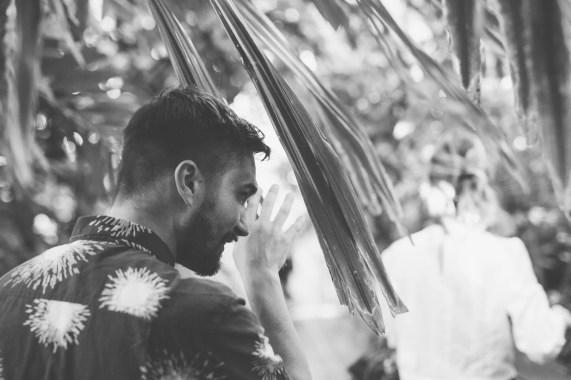 stephanie_green_wedding_photography_sula_olly_engagement_kew_gardens-13