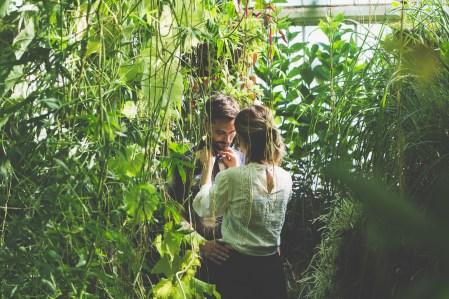 stephanie_green_wedding_photography_sula_olly_engagement_kew_gardens-24