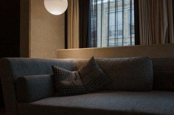 stephanie-green-photography-london-lifestyle-decor-design-self-portrait-nobu-2018-2019-silver-trend-5