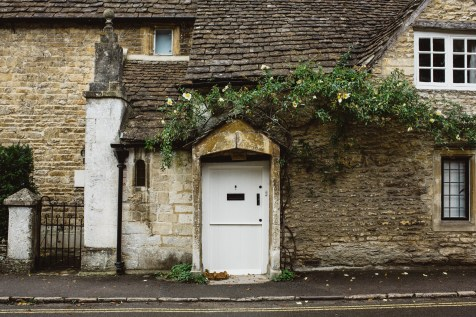 stephanie-green-wedding-photographer-castle-combe-chippenham-cotswolds-old-england-english-village-16