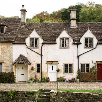 stephanie-green-wedding-photographer-castle-combe-chippenham-cotswolds-old-england-english-village-20